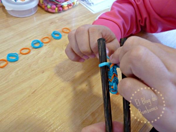 Pulseras de gomitas - Manualidad para niños