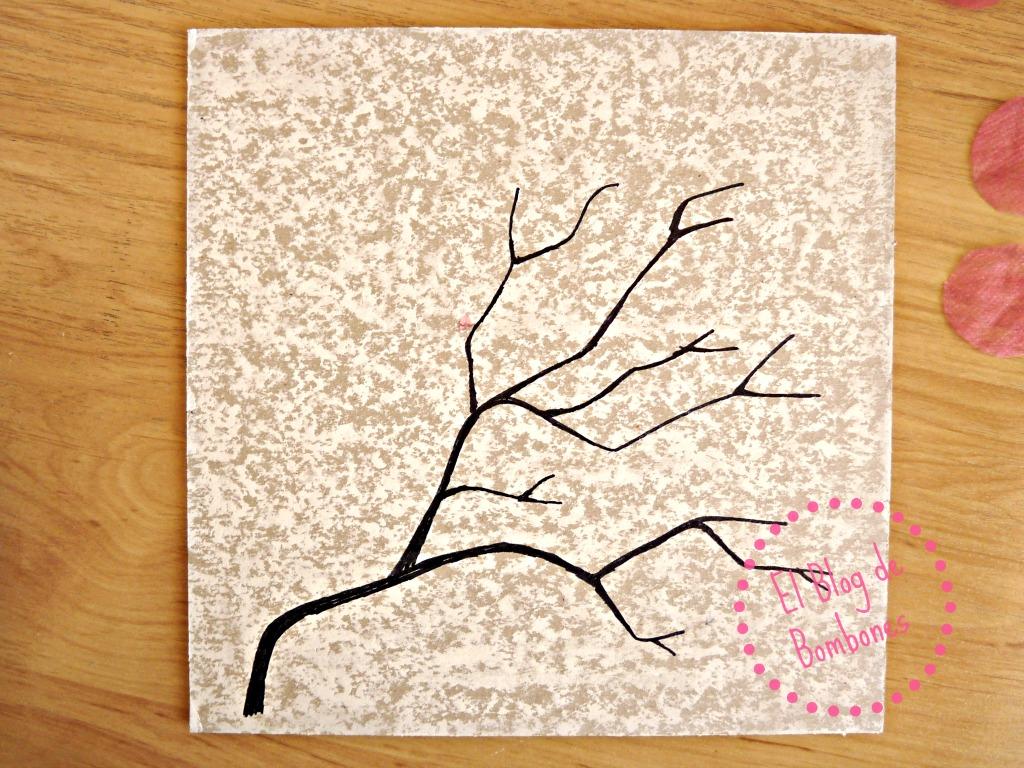 La primavera está aquí. Cerezos en flor con papel de seda ...