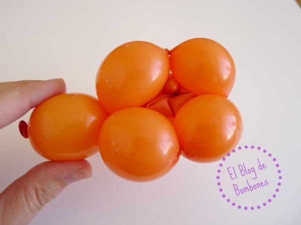 Mariquita de globos - Paso 10